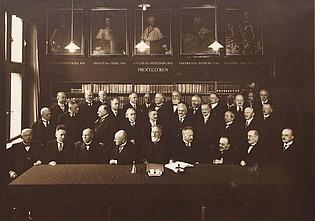 Geschichte der Deutschen Akademie der Naturforscher Leopoldina in der ersten Hälfte des 20. Jahrhunderts